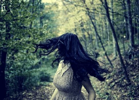la ragazza del passato-recnsione